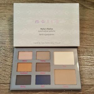 MALLY Cosmetics Mally's Mattes Eyeshadow Palette